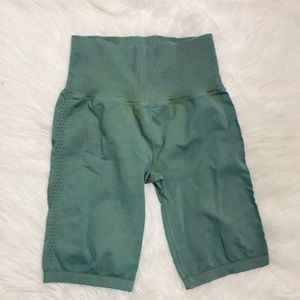 Free People Shorts - Flaw—Free People Bike Shorts XS/S - logo missing